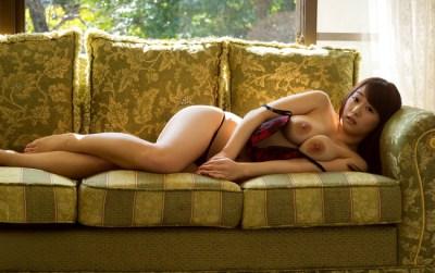 【ヌード画像】白石茉莉奈のぽっちゃり巨乳ヌード画像(32枚)