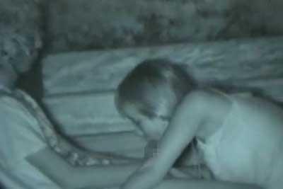 【盗撮動画】夏の深夜、公園でセックスしているカップルを発見したんで赤外線カメラでばっちり盗撮しちゃいました。野外だというのに彼女のフェラテクうますぎww【無修正】