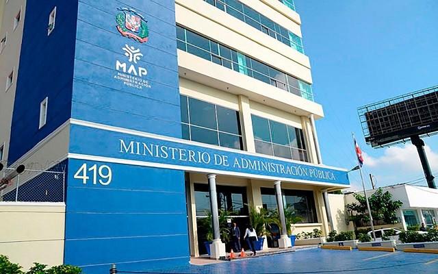 Más de 18 mil personas participan en concursos para ingresar al sector público