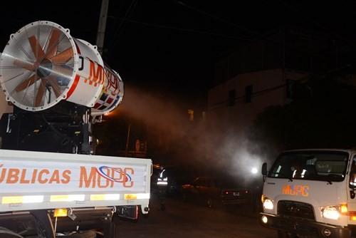MOPC y ASDE inician operativo de bacheo, limpieza y acondicionamiento vial en Santo Domingo Este