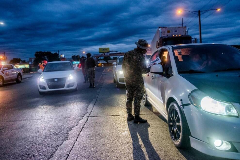 El nuevo horario de toque de queda trae consigo chances, taponamientos; detuvieron vehículos y más