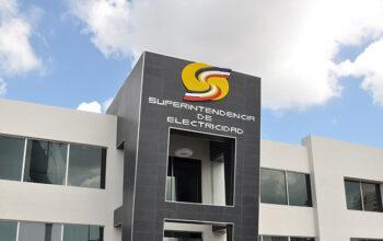 """Superintendencia de Electricidad informa """"grandes avances"""" en la regulación de la movilidad eléctrica en el país"""
