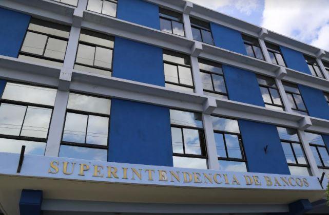 Pese a pandemia, Superintendencia de Banco rinde informe favorable de economía