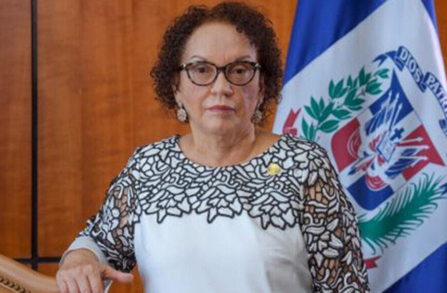 Salud de Procuradora Miriam Germán sigue mejorando y de buen ánimo