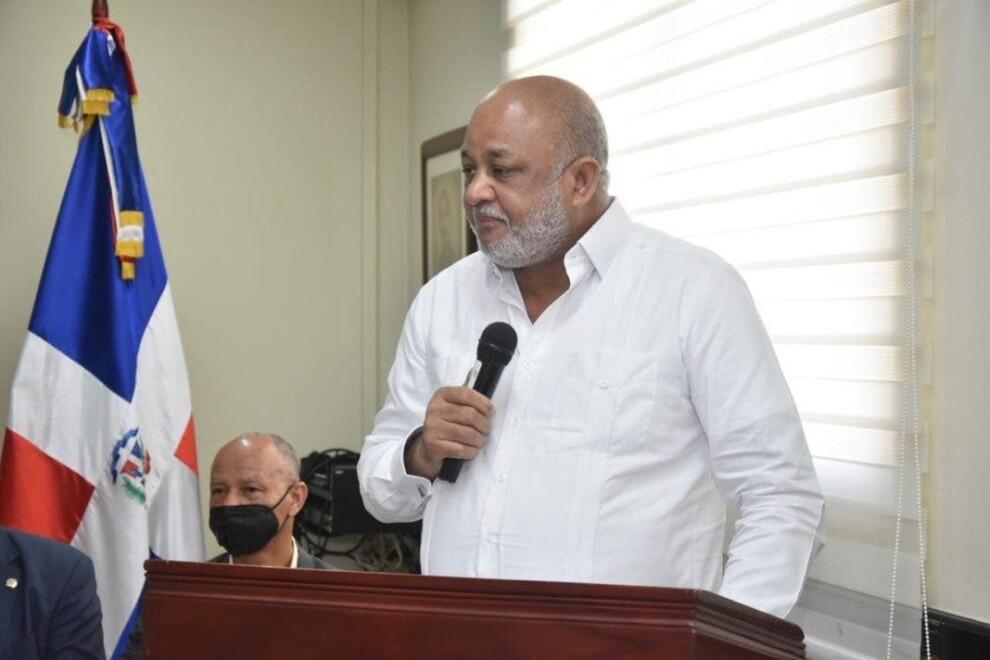 Ministro Fulcar supervisa marcha del año escolar en 15 de las 18 Regionales de Educación