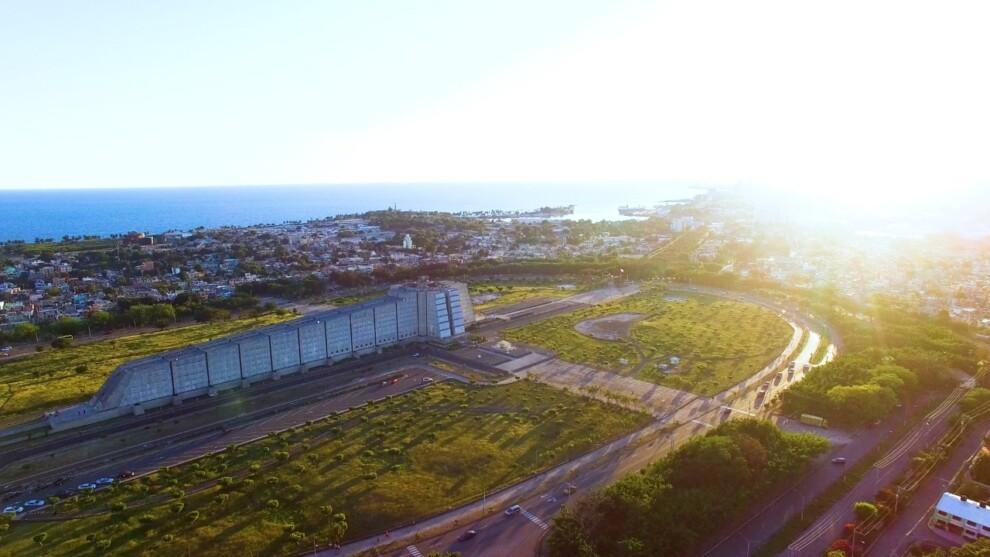 ASDE promete devolver la luz al Faro a Colón tras 20 años de oscuridad