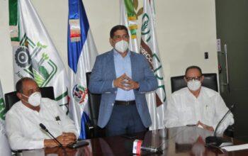 Ministro de Agricultura procura evitar entrada al país del hongo Fusarium