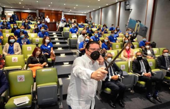 Aduanas presenta nuevo programa de pasantías