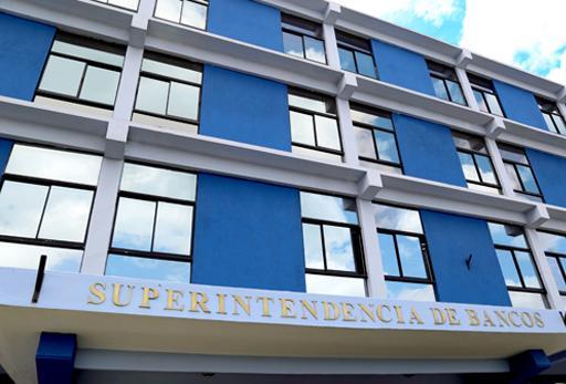 La Superintendencia de Bancos dio inicio a cuarta versión del programa Jóvenes Profesionales