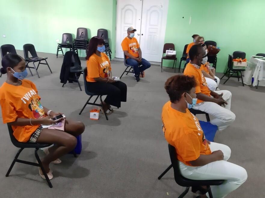 Ministerio de la Mujer y Club San Carlos inician programas conjuntos para reducir violencia de género