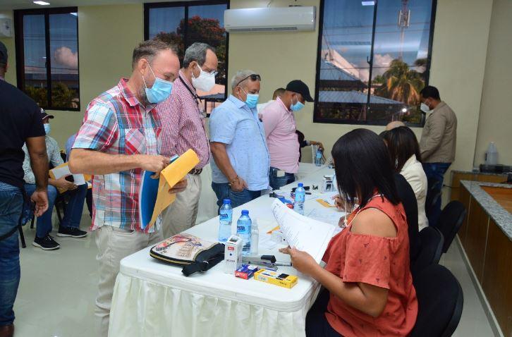 MOPC realizó jornada de recepción de documentos para sorteo de pequeñas y medianas obras