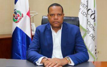 Eddy Alcántara, director ejecutivo de Pro Consumidor es el funcionario público del mes de mayo
