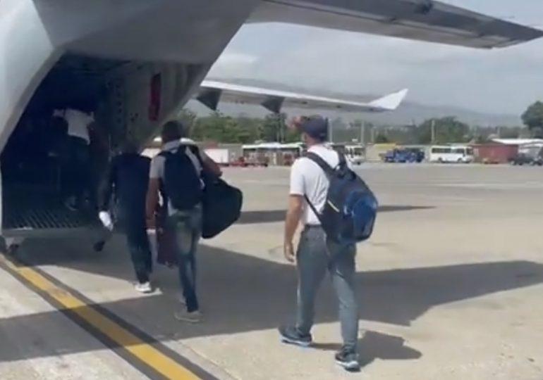 FARD evacua personal diplomático de la embajada dominicana en Haití