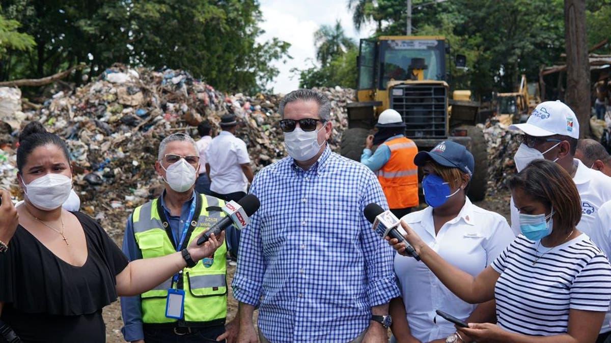 El ministro Neney Cabrera, encargado de Proyectos Estratégicos y Programas Especiales de la Presidencia (Propeep), informó en SDE han recogido 7 mil toneladas de desechos