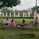 Ministerio Administrativo de la Presidencia informa: Familias y amigos pasan tarde de picnic en el jardín del Palacio Nacional