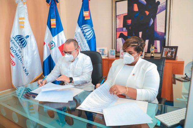 Ministerio de la Juventud y SIUBEN firman acuerdo para beneficiar a población joven