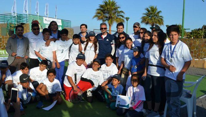 """""""Masificando el Tenis"""" cerrará el año con masivo torneo interescolar en Huasco"""