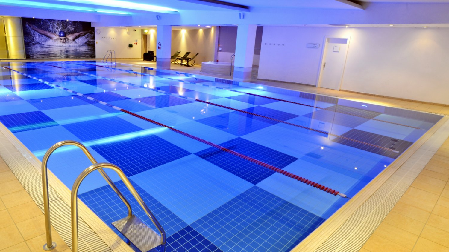 Jacuzzi Pool Opening Kit Gym In Moorgate Fitness And Wellbeing Nuffield Health