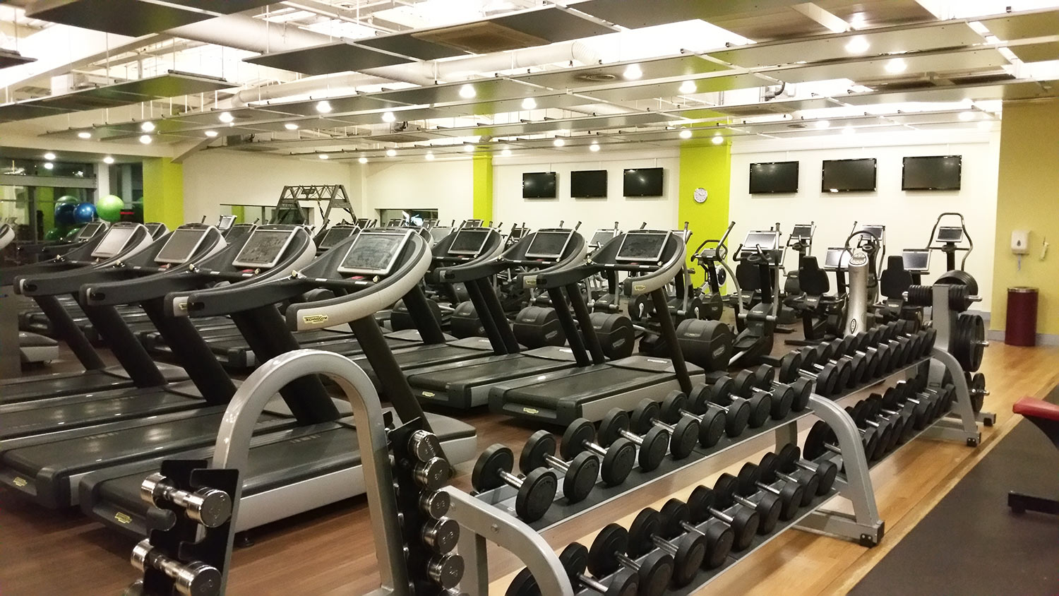 Jacuzzi Pool Opening Kit Gym In Weston Super Mare Fitness And Wellbeing Nuffield