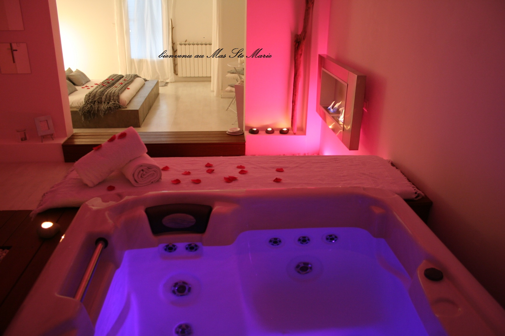 Chambre Jacuzzi Privatif Normandie Jacuzzi Privatif Nuit D Amour