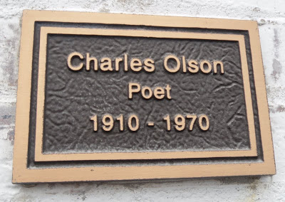 Olson plaque