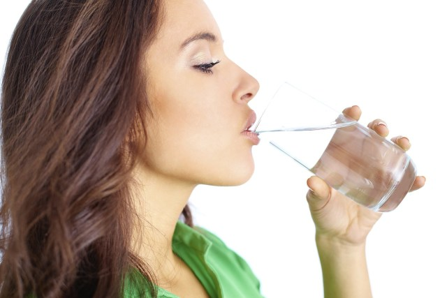 Health Benefits Of Warm Water-6 Ways Of Drinking Warm Water Can Heal Your Body