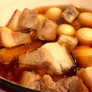 http://i0.wp.com/nwasianweekly.com/wp-content/uploads/2013/32_06/food_thitkho.jpg?resize=300%2C300