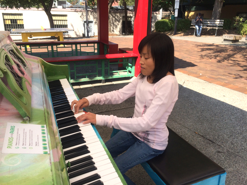 http://i0.wp.com/nwasianweekly.com/wp-content/uploads/2014/33_33/names_piano.JPG?resize=500%2C375