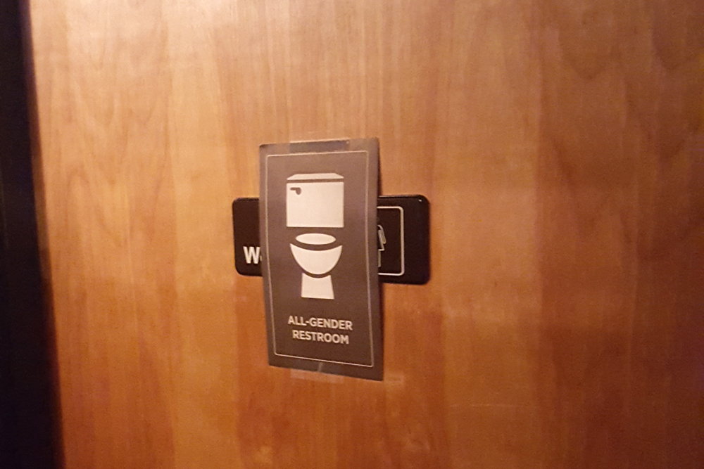 Temporary bathroom sign at the Eastern Cafe. (Photo by Peggy Chapman/NWAW)