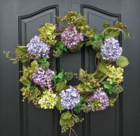 Front Porch Decorating Ideas for Spring: Wreaths
