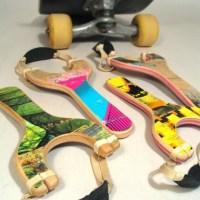 Jouer avec un boutte de skateboard recyclé