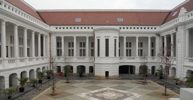 Belajar sejara uang di Museum BI. Gambar dari sini.