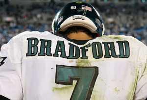Eagles Sam Bradford stinks