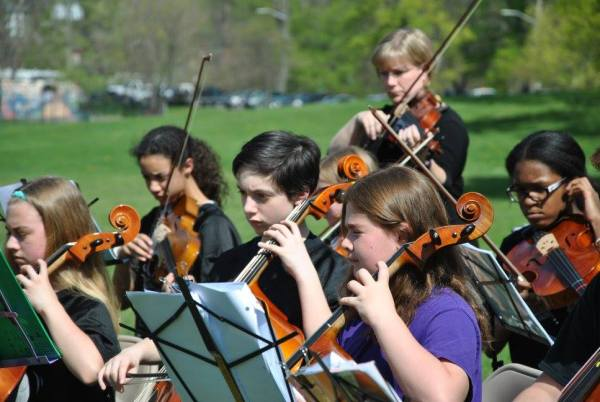 students performing at arbor Day