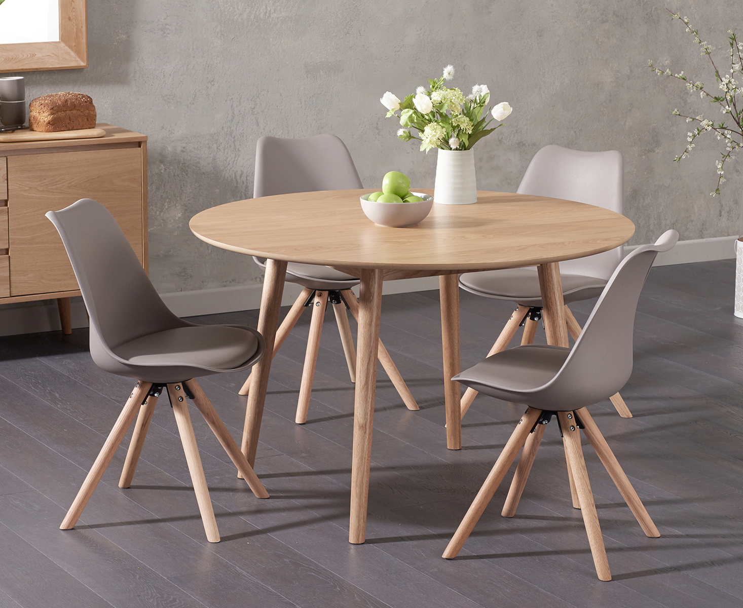 Round Oak Dining Table Nordic 120cm Round Oak Dining Table With Oscar Faux Leather Round Leg Chairs
