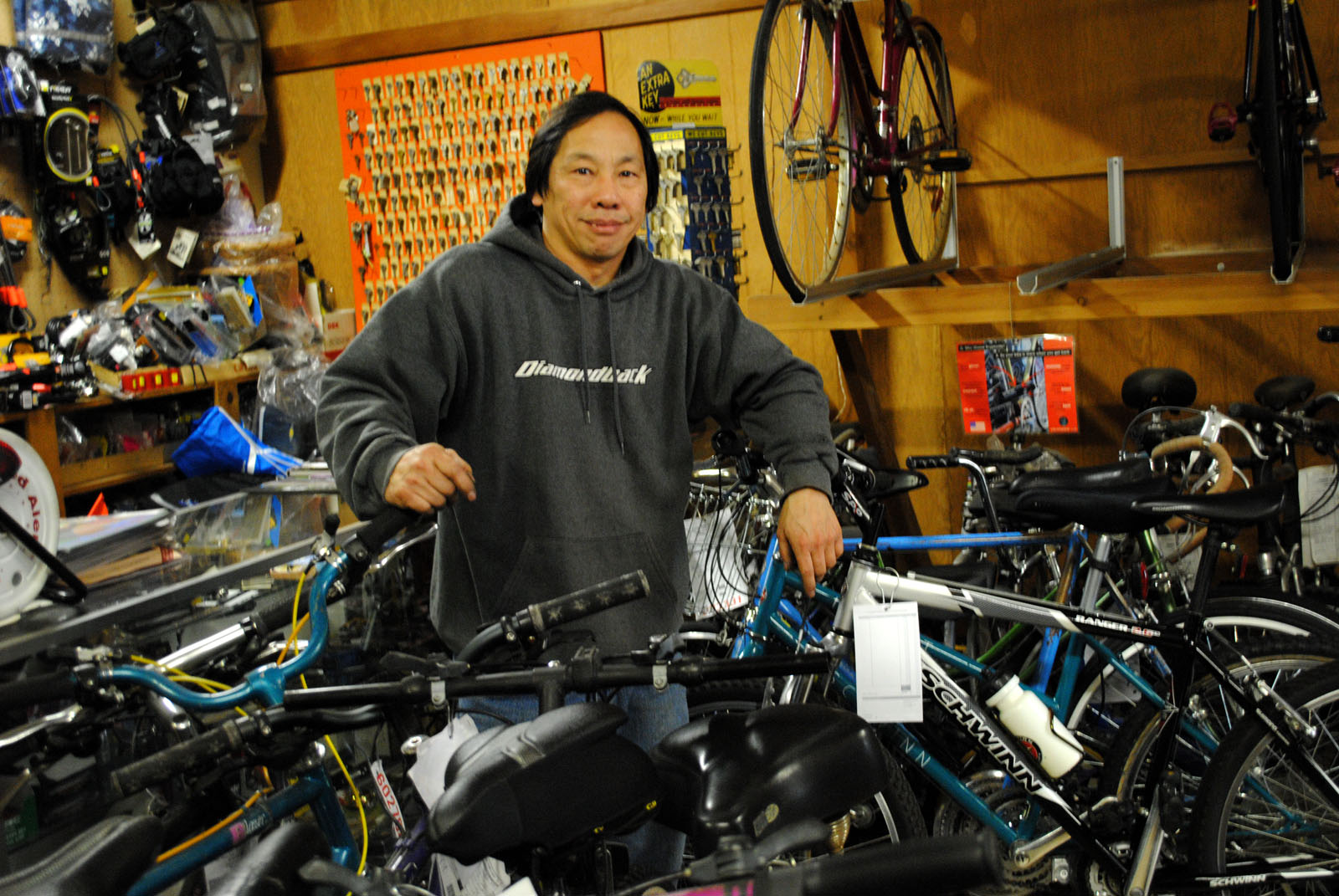Bike Shop Sale At Pioneer Bicycles A Focus On Bike Fixes Not Sales Oakland North