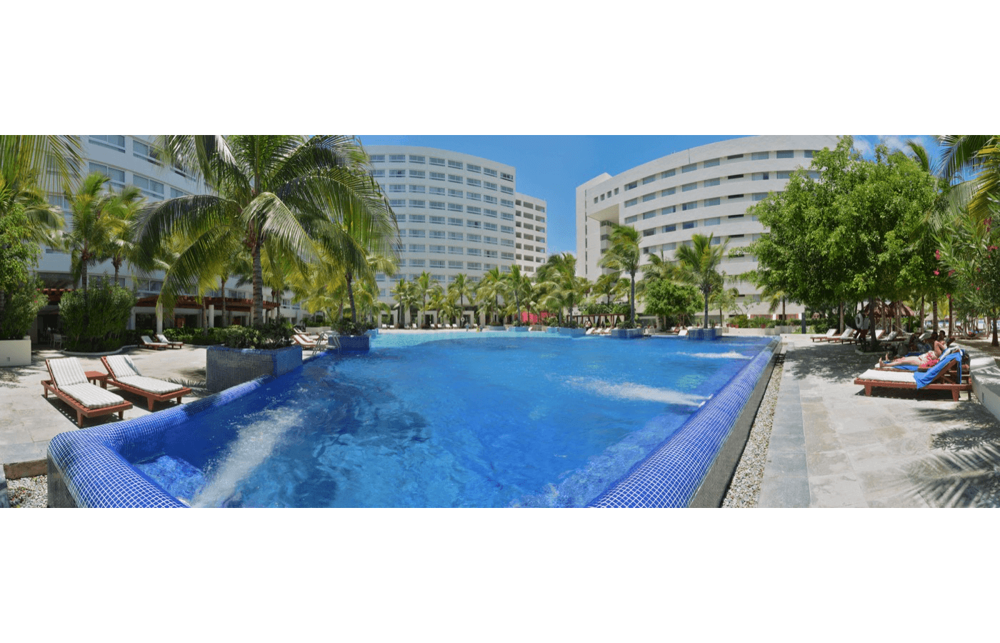Gfk Pool King Grand Oasis Palm Photo Gallery Oasis Hotels Resorts