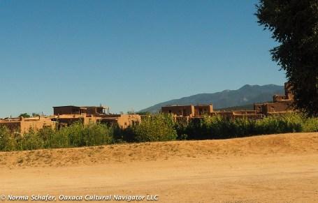 Tributary of the Rio Grande runs through the Taos Pueblo