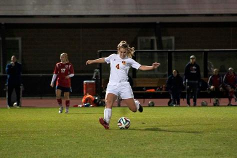 Win Streak Comes to End For Women's Soccer