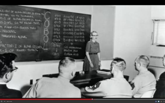 Grace Hopper, dando clases