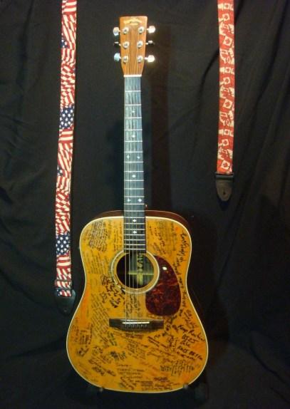 """""""Martin Guitar Support Signatures"""""""