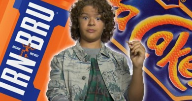 Stranger Things | Elenco prova lanches britânicos