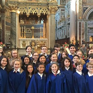 SERRA CHOIR AT ST. JOHN LATERAN / PHOTO: MARTI LONGO