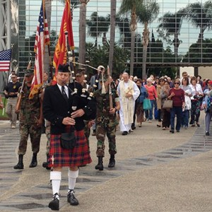 HUNDREDS GATHERED TO REMEMBER FALLEN AMERICANS AT CHRIST CATHEDRAL ON MEMORIAL DAY / PHOTO: KIMBERLY PORRAZZO