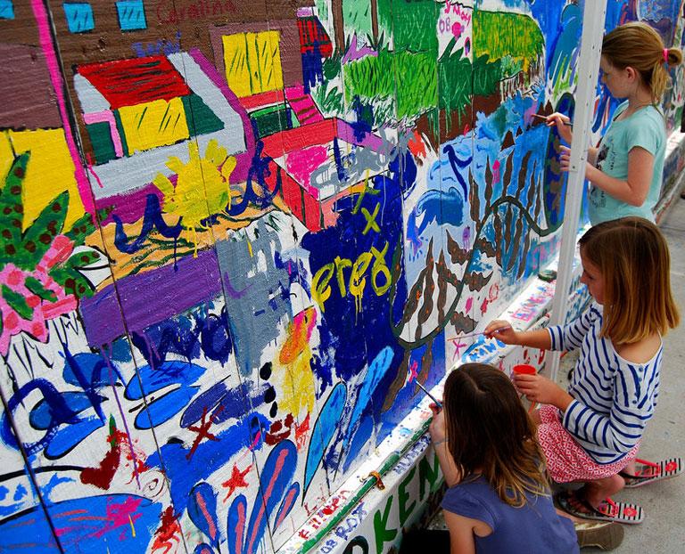 Young At Art Kid'S Mural Painting | Ocean Beach Ca | News