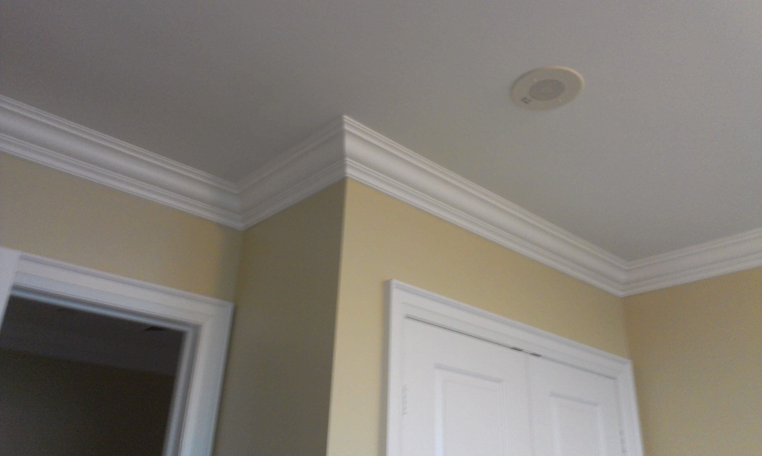 Bedroom Ceiling Moulding Perfect Crown Moulding In Bedroom Odd Job Handyman