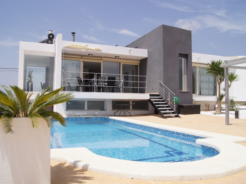 Modern Villa Superb Modern Villa Alicante With Heated And Covered Pool Busot