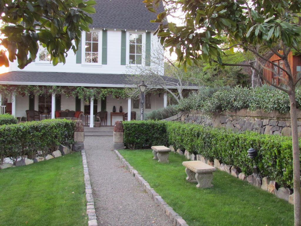 Vrbo Private Enclave Within Walking Distance Of Plaza 5 Bedrooms 5 1 2 Bathrooms Sonoma