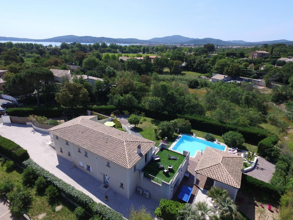 Bein Tv Grille Gulf Of St Tropez Villa 8 9 People Heated Swimming Pool 6 Mn Walk Sea Grimaud