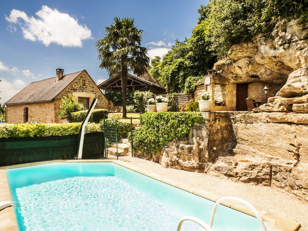 Jacuzzi Pool Pflege Typical Stone House Swimming Pool Garden And Spa Stunning View Vitrac